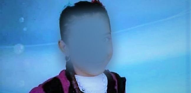 """شوهوا وجهها لإخفاء الحقيقة.. تمثيل جريمة قتل الطفلة """"فاطمة"""" بالدقهلية"""