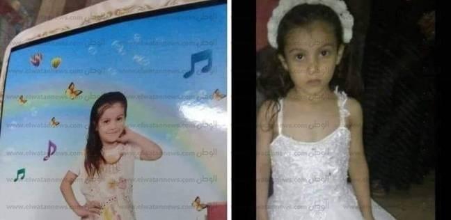 """تشييع جنازة الطفلة """"حبيبة"""" بالدقهلية بعد اغتصابها وخنقها في شقة أختها"""