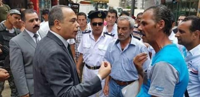 مدير أمن بورسعيد يقود حملة لإزالة الإشغالات بسوق البازار