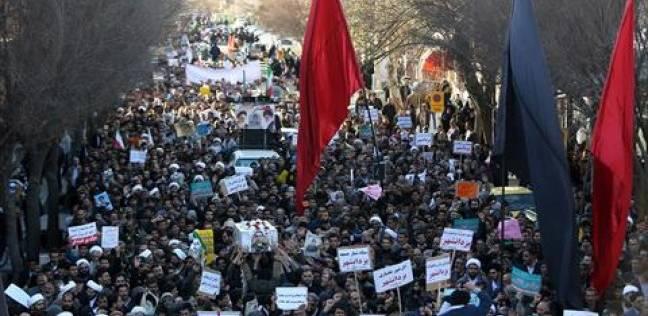 طلاب إيرانيون يطالبون باستقالة مسؤولين جامعيين على خلفية حادث سير