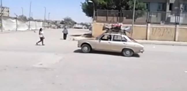"""""""أحمد"""" حول سيارته لـ""""دي جي"""" يحث المواطنين على المشاركة بالانتخابات"""