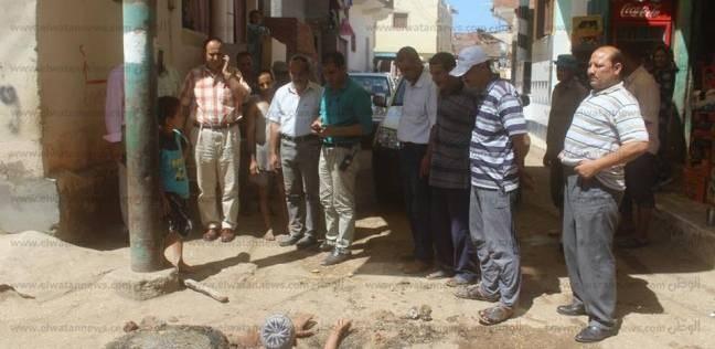 بالصور| رئيس دسوق ووكيل وزارة الري يتابعان تطهير مصرف المندورة