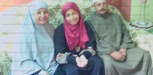 """""""فاطمة"""" أول علمي أزهر جنوب سيناء: الثانوية شبح يخيف المتكاسل"""