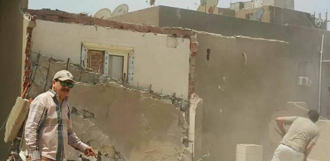 إزالة مبان مخالفة وإشغالات أكشاك شرق مدينة نصر