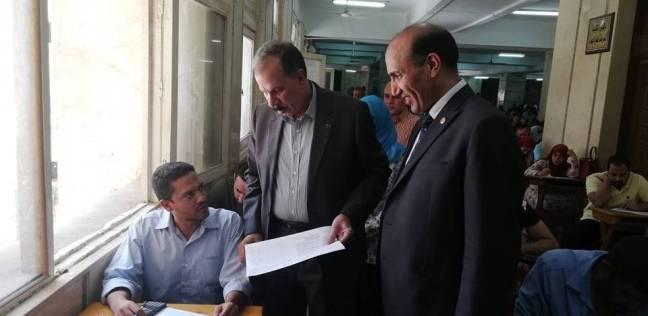 """نائب رئيس جامعة الزقازيق يتفقد """"امتحانات التعليم المفتوح المسائية"""""""