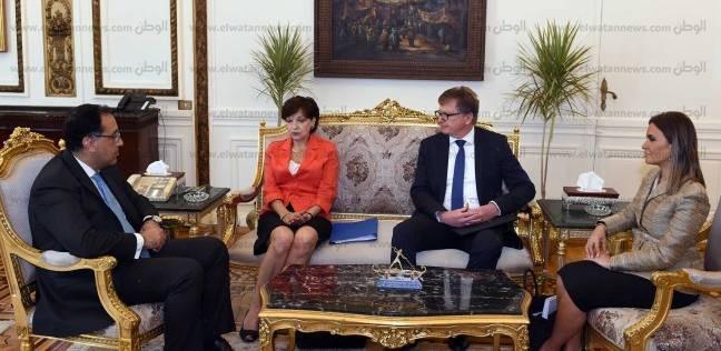 """رئيس الوزراء يلتقي مسؤولي شركة """"سوميتومو"""" إلكتريتك اليابانية"""