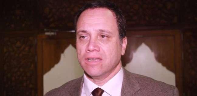 رئيس هيئة تنشيط السياحة يصل مطار القاهرة