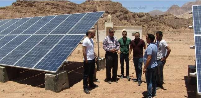رئيس مدينة أبورديس يشهد البث التجريبي لمحطة الطاقة الشمسية
