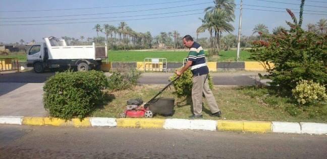 بالصور| حملة نظافة وتهذيب حدائق مدينة رأس البر