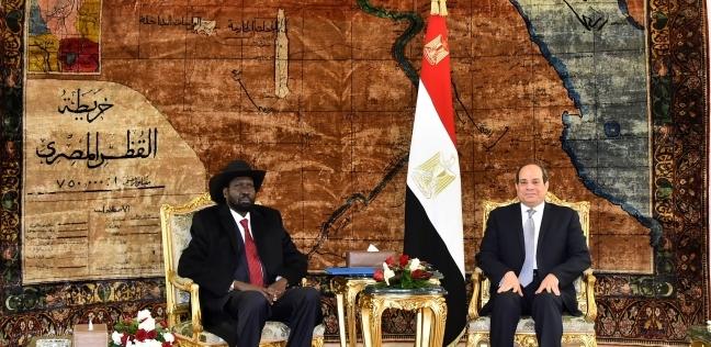 """صفحة """"السيسي"""" على """"فيس بوك"""" تنشر صورا خلال لقائه برئيس جنوب السودان"""