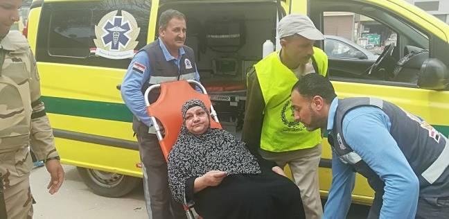 الإسعاف تنقل مريض بالسرطان للإدلاء بصوته في لجنته الانتخابية ببني سويف