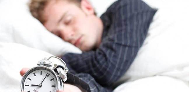 للابتعاد عن أمراض القلب.. علماء يحددوا المدة الأفضل للنوم