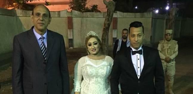 """عروسان يدليان بصوتيها في لجنة """"منية السباع"""" ببنها"""