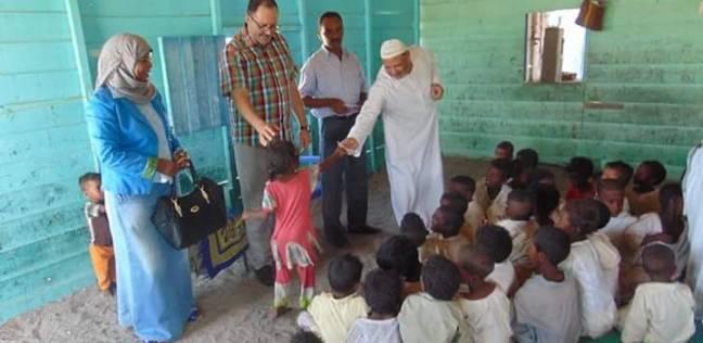 رئيس مدينة الشلاتين يكرم الأطفال حفظة القرآن الكريم