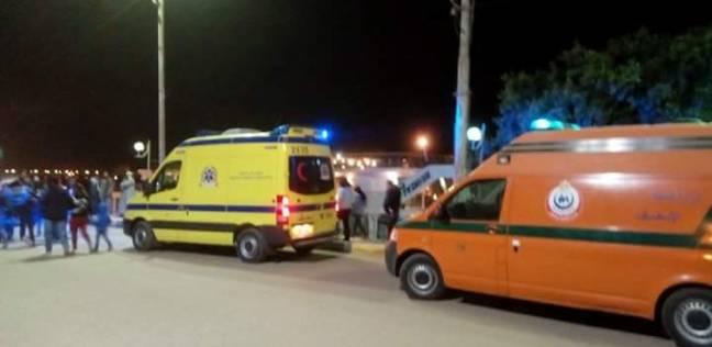 """إصابة 4 مواطنين في تصادم دراجة بخارية و""""توك توك"""" بالفيوم"""