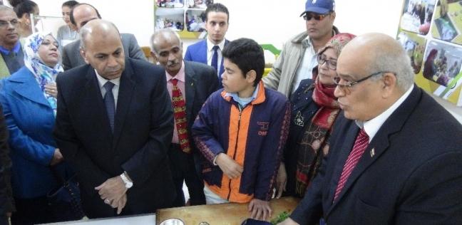 افتتاح مركز التدريب على الحرف والصناعات الصغيرة بجامعة المنيا