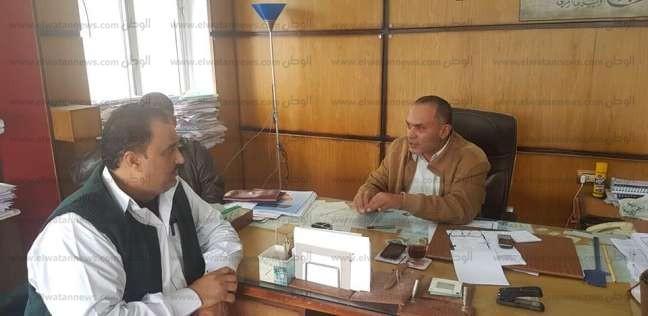 """أمين """"المصريين الأحرار"""" بمطروح يبحث أزمة انقطاع الكهرباء مع المسؤولين"""