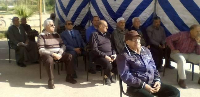 توافد كبار السن على اللجان الانتخابية في مدن المنيا
