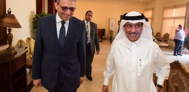 """""""سعد الدين"""" يستقبل الأمين العام لمجلس النواب البحريني بالمطار"""