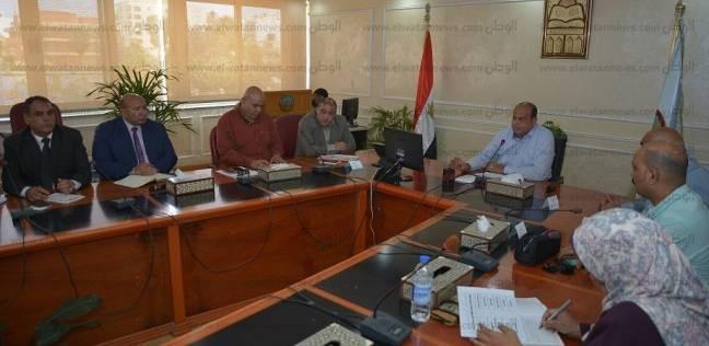 أبو زيد: فتح 9 منافذ مواد غذائية بتخفيضات 30% في رمضان بمطروح