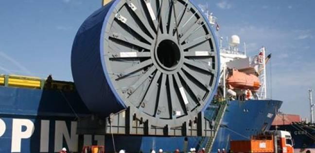 """ميناء دمياط يجري عمليات الشحن والتفريغ للسفينة الهولندية """"FAIRLIFT"""""""