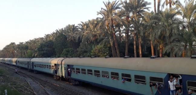 """""""السكك الحديدية"""" تعتذر للركاب عن وجود تأخيرات ببعض رحلات القطارات"""