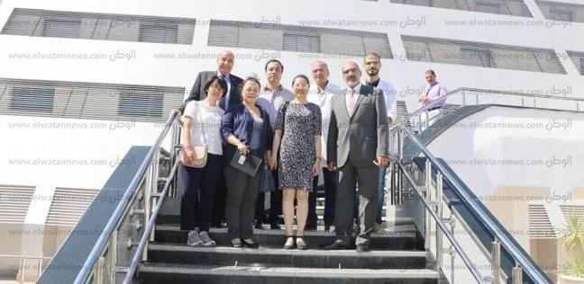 بالصور| وفد من السفارة الصينية يزور شرم الشيخ