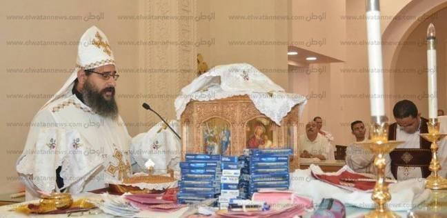 الأنبا بولا يترأس صلاة قداس خاص لطلبة الثانوية العامه في طنطا