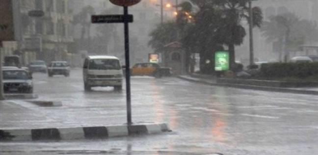 نصائح مهمة لسلامتك أثناء قيادة سيارتك بأمان أثناء هطول الأمطار