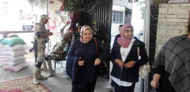 وصول القضاء المشرفين في ثاني أيام الاستفتاء بالسويس