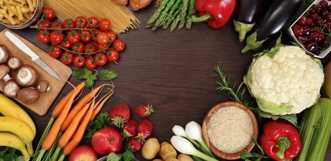 هل يساعد الطعام الذي نتناوله في محاربة الاكتئاب؟
