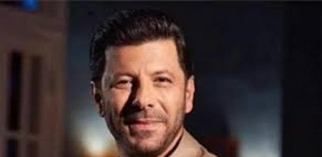 مراته بعدت عنه ومر بوجع التهجير .. أهم تصريحات إياد نصار حول  الممر  - فن وثقافة -