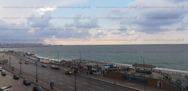 """""""الأرصاد"""": أمطار بالوجه البحري تستمر للأحد وقد تصل القاهرة"""