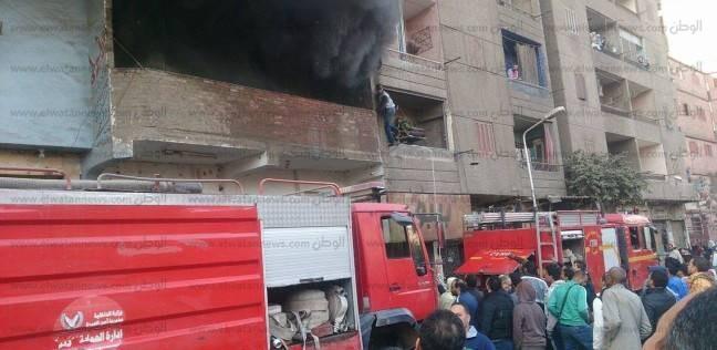حريق هائل يلتهم مصنع كرتون في المنطقة الصناعية بقويسنا
