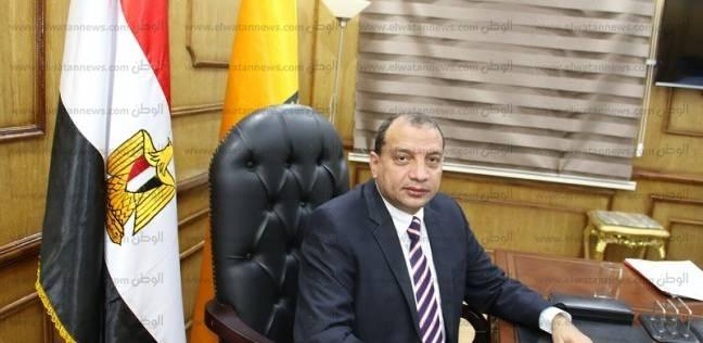 تعيين هشام عبد العزيز مديرا لمركز اللغات والترجمة بجامعة بني سويف