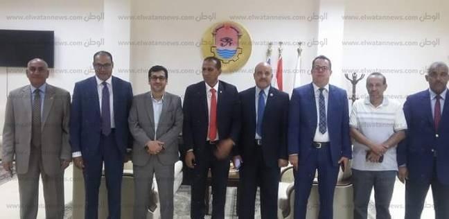 رئيس جامعة أسوان يستقبل المستشار الثقافي الكويتي
