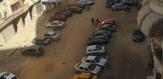 السويس تعاني من تكدس السيارات في الشوارع بسبب قلة الجراجات
