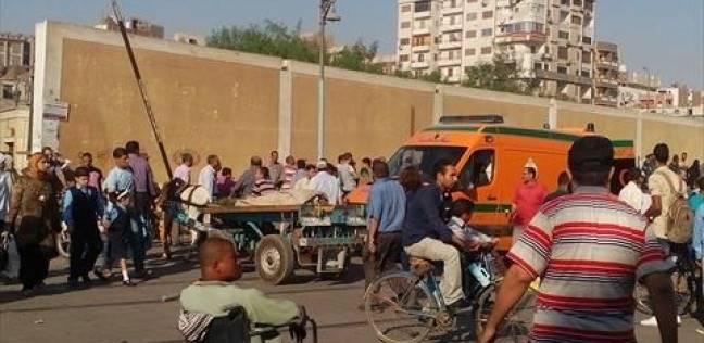 مصرع وإصابة 5 في حادث تصادم قطار وسيارة بالشرقية