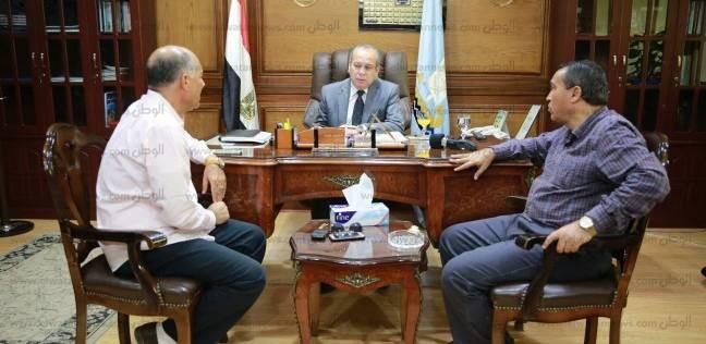 محافظ كفر الشيخ يبحث سبل الحصول على أفضل أداء للكهرباء مع التنفيذيين