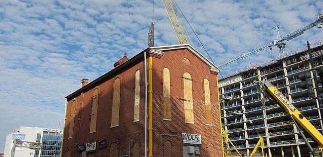 الكنيس اليهودي في واشنطن أثناء نقله