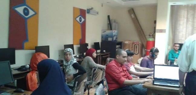 13 طالبا كفيفا يؤدون الامتحان باللغة الأجنبية الثانية في أسيوط اليوم