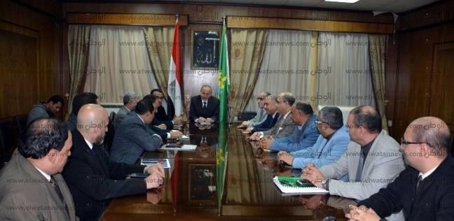 محافظ القليوبية يجتمع مع رئيس المترو لتفعيل بروتوكول التعاون