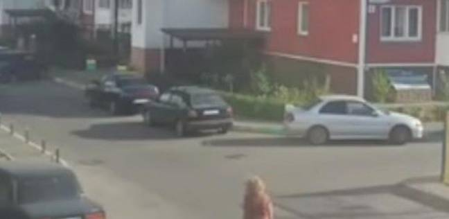 نجاة امرأة بأعجوبة من انفجار سيارة بروسيا