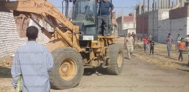 بالصور| إزالة 72 حالة تعدٍ على الأراضي الزراعية في أسيوط