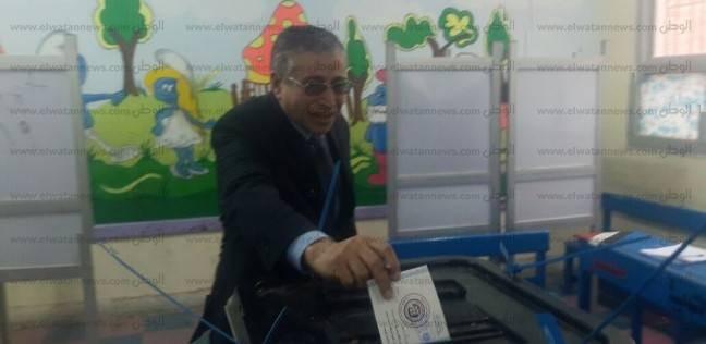 رئيس محكمة دمنهور يدلي بصوته في انتخابات الرئاسة