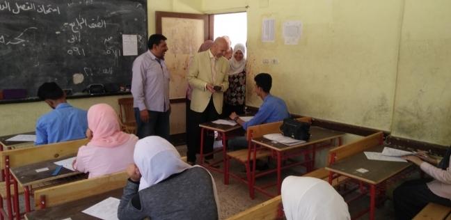"""وكيل """"صحة الشرقية"""" يتفقد لجان امتحانات دبلوم التمريض"""