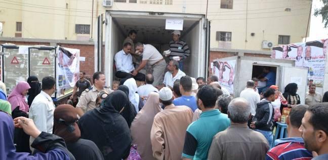 المستفيدون من سيارات «تحيا مصر»: «بنبيع بأسعار أقل من السوق.. وبنكسب أكتر»