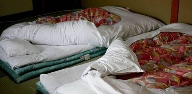 السرير الذي استخدمه الشاب المتسلل طوال ستة أشهر
