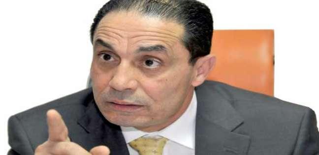 """سامي عبدالعزيز مطالبا بتجاهل قنوات الإخوان: """"مش هنعلق على أرجوزات"""""""