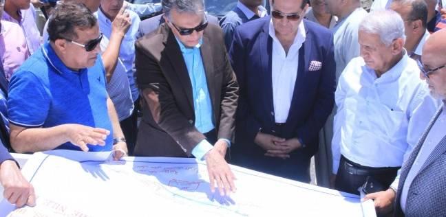 وزير النقل يتفقد محور كوبري طما العلوي على النيل